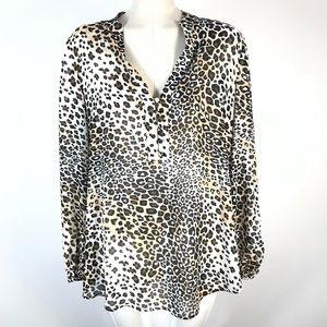 Love & legend v-neck button blouse animal print
